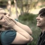 risa y pareja